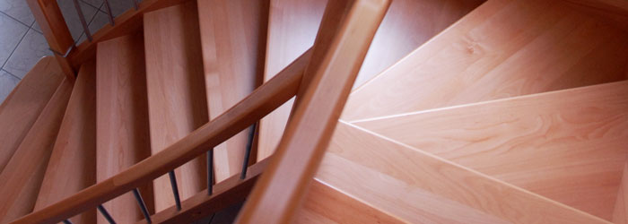 /files/slideshows/profil/treppe-holz-stahl-2.jpg